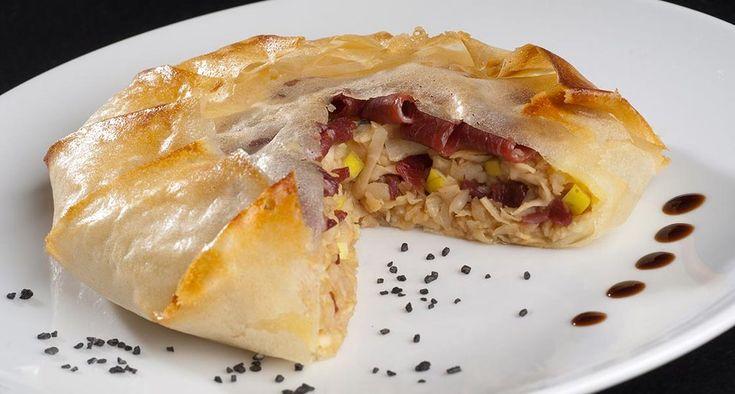 Pastilla craquante au Magret, éclats de pommes Granny et écrasé de céleri