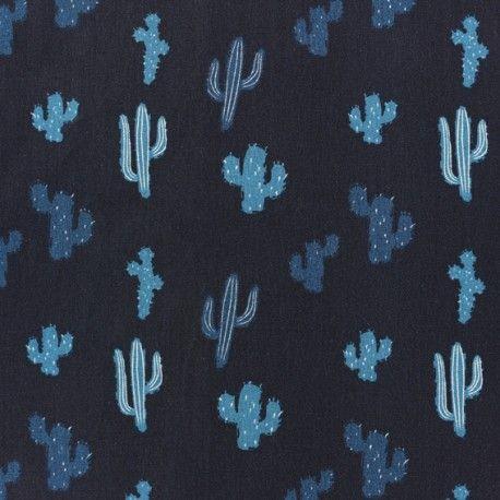 Toile fine et serrée, souple et légèrement soyeuse signée Madame Casse Bonbon. Ce tissu est utilisé pour de l'habillement, chemises et robes ou doublure d'accessoires.