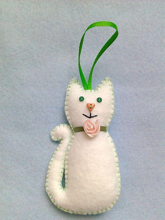 Handmade felt cat by LITTLEFACTORYCRAFTS on Etsy