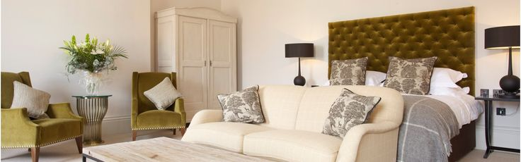 £110 In the heart of the Cotswolds market town of Cirencester, boutique hotel the Kings Head Hotel adds a sympathetic stamp of contemporary country style to 450 years of history.