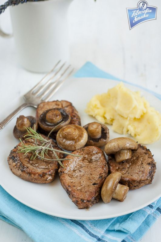 Polędwiczki wieprzowe z rozmarynem i octem balsamicznym