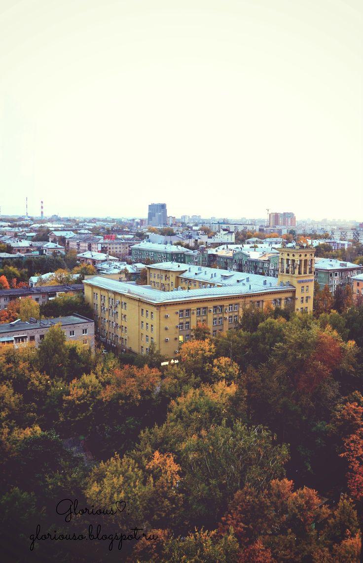 Вид на Пермь с колеса обозрения. Парк им. Горького, 2013 год.  #carousel #evening #walk #city