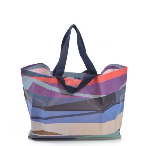 With the Kollab Poly range, shopping, travelling and heading to the beach has never been easier or more stylish. These water resistant bags and totes for ev...