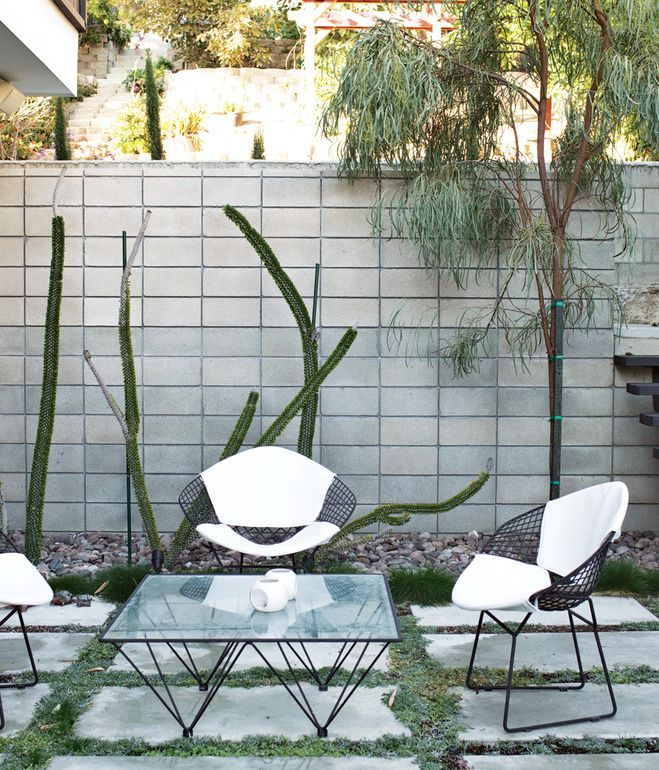 Design Classic: Bertoia Seating Collection
