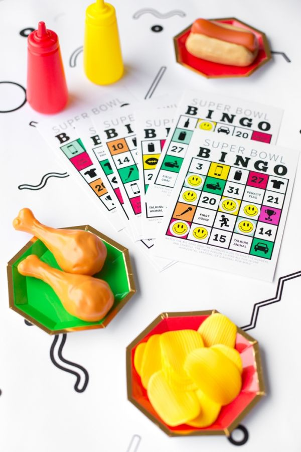 Free Printable Super Bowl Bingo 2016 | Studio DIY®