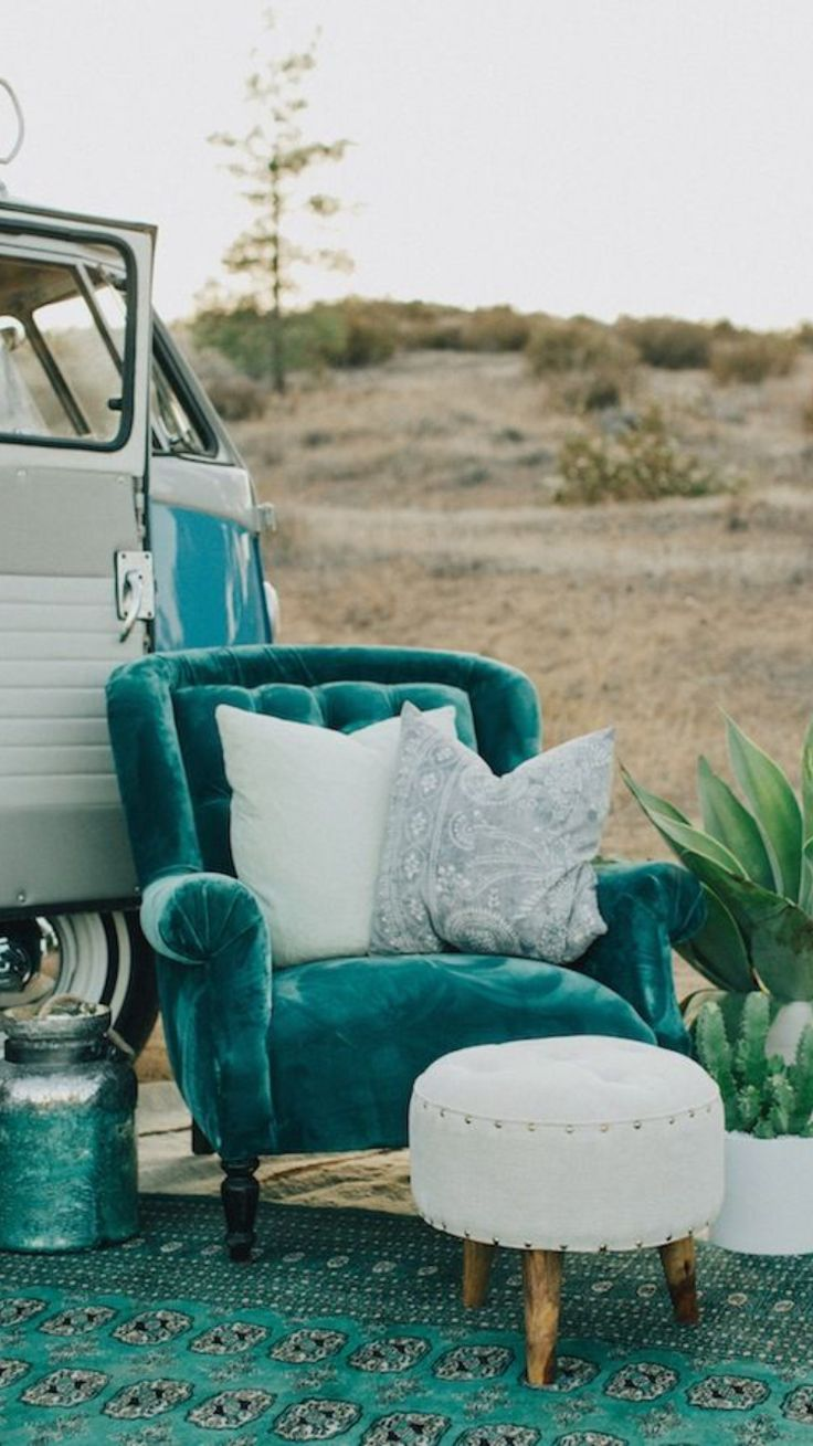 Need to add turquoise to your house's decor? Listed here are 12 fabulous turquoise r…