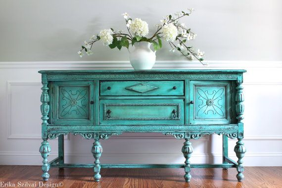 Antique ornée jacobin peint à la main French Country Cottage victorien Chic en détresse Turquoise / Aquamarine Buffet buffet