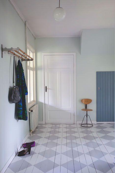 Rutigt golv är vackert och klassiskt, och inte svårt att göra själv. Vi lär dig hur du gör, steg för steg.