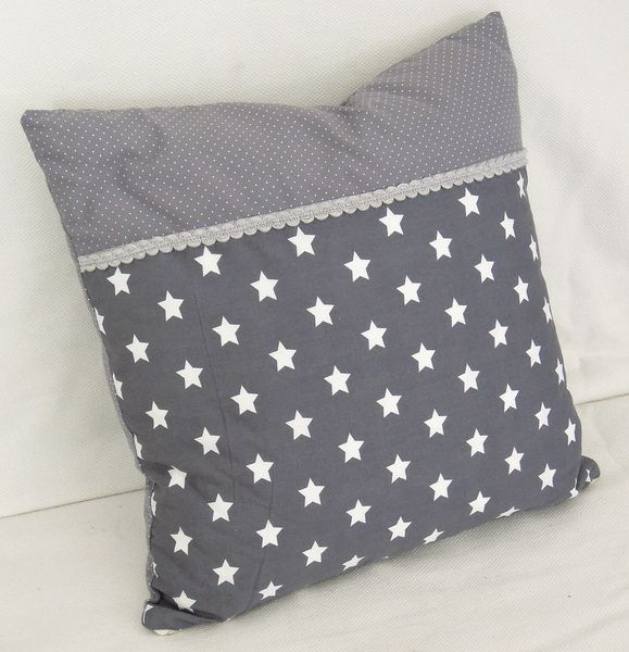 Beim Kauf mehrerer Artikel werden die Versandkosten angepasst! Sehr schönes graues Kissen - sieht super aus zu weißem Sofa oder auf einem Shabby...