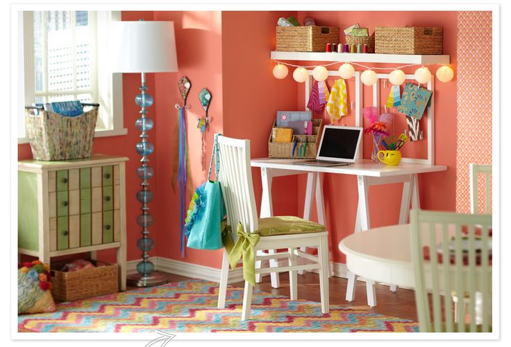 I love the ribbon ties on the chair pad, and the mini lights on the shelf!