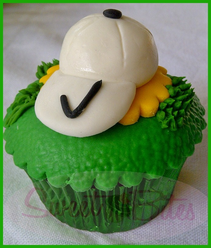 107 best images about GOLF CUPCAKES on Pinterest Golf ...