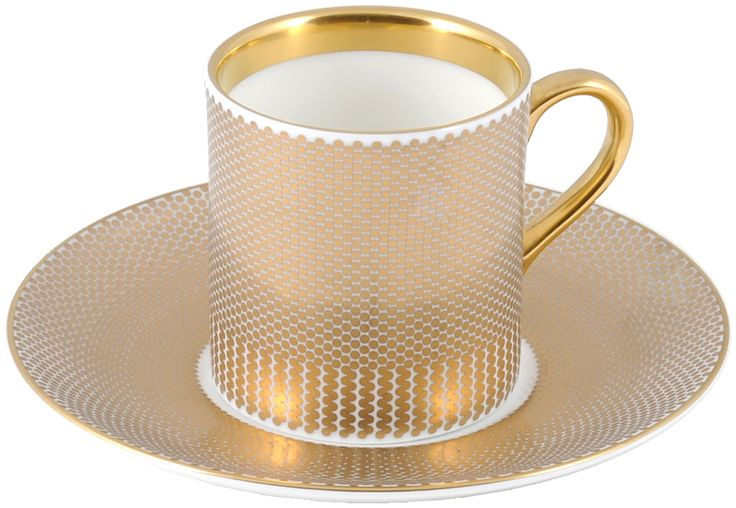 Elegant Espresso Cup & Saucer for your stylish mum. Hand Gilded in 22kt Gold for a personal touch. Made in Stoke-on-Trent, England. #TheNewEnglish #Benday #Gold #22ktGold #MadeInEngland #MadeInStokeOnTrent #Ceramics #BritishMade #MothersDay #FineBoneChina #Gift