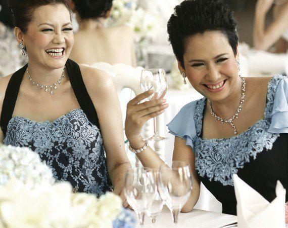 Tips Memilih Dress untuk Ibu Pengantin
