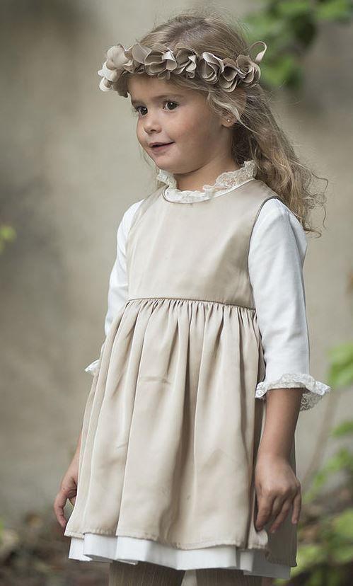 Vestido-Simple-2de-Teresa-y-Leticia.jpg (499×828)