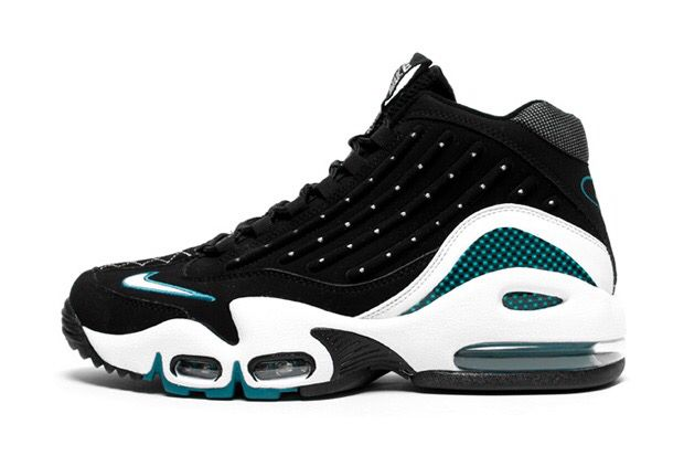 Nike Air Griffey Max II Fresh Water - Baseball kicks i used to own back in the days...im working on buying the retro now