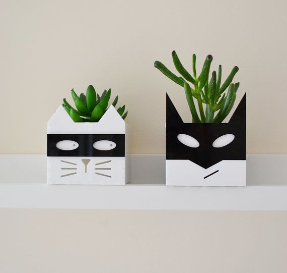 Supervillain cat planter Free UK P&P by Erinnies on Etsy