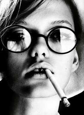 Vanessa Paradis: Face, Inspiration, Glasses, Style, Smoking, Vanessa Paradis, Black, Smoke, Photography