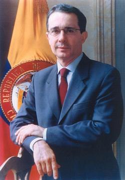 """Alvaro Uribe Velez.   Dos veces consecutivas Presidente de la República de Colombia desde el  2002 al 2010.   """"Si somos un estorbo por nuestra determinación de derrotar el terrorismo, que seamos un estorbo."""""""