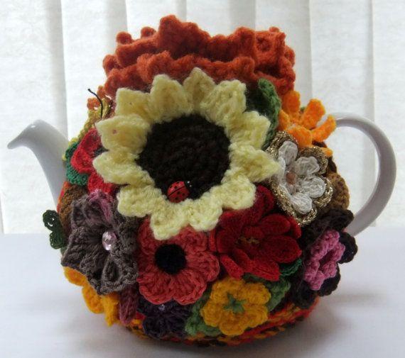 autumn garden tea cozy by Handmadewithlove66 on Etsy