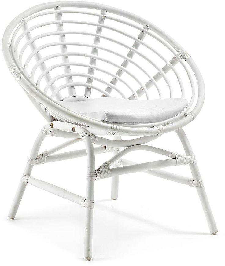 LaForma is een uit Spanje afkomstig merk van designmeubels en woonaccessoires. Ook met deze fauteuil laten ze hun klasse weer zien. Het materiaal is van wit gelakt rattan met een katoenen zitkussen erin. De perfecte pasvorm zorgt ervoor dat u uren in deze heerlijke stoel kunt zitten. Dit product is ook bekend onder de naam 'Tex fauteuil rotan wit - LaForma'.