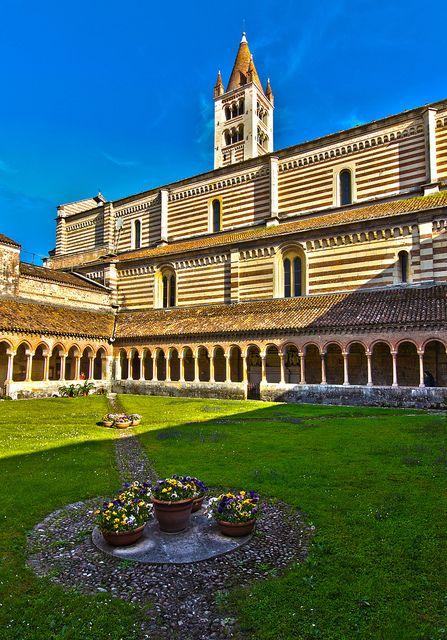 Cloister of San Zeno (Verona)