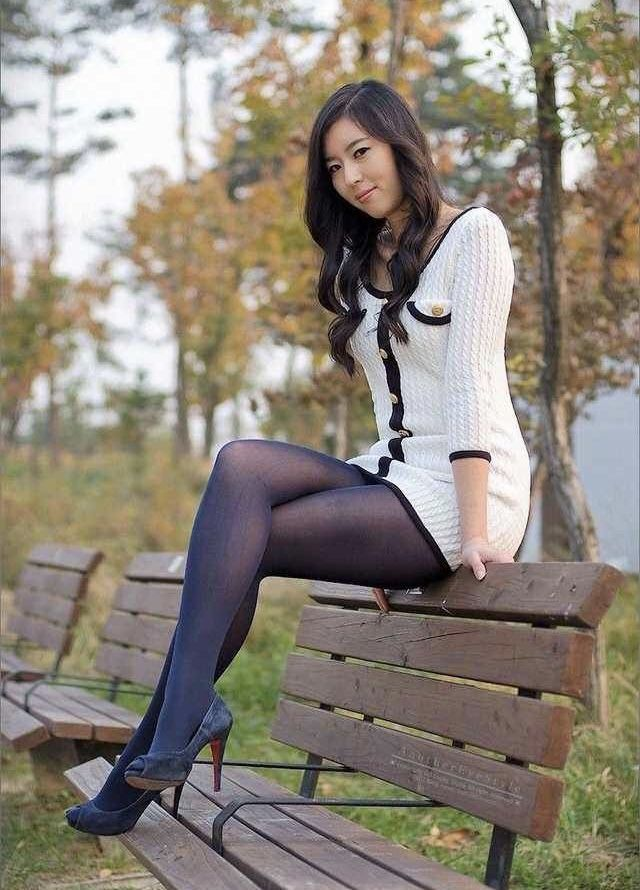 Simply girl in pantyhose sweet with