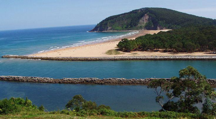 Playa de Rodiles Villaviciosa Asturias España
