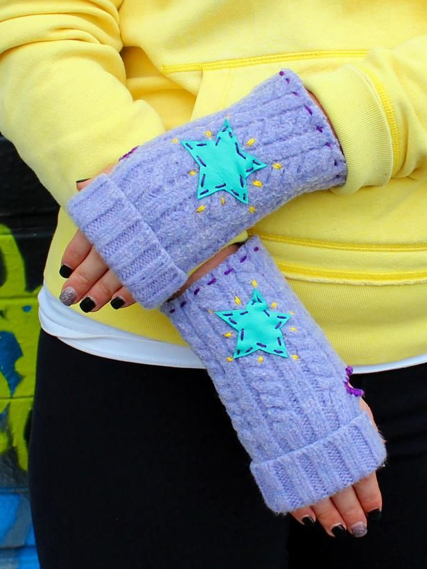 Designer MacGyver: 5 Sweater Crafts That Are No Sweat (http://blog.hgtv.com/design/2014/03/03/sweater-crafts/?soc=pinterest): Fingerless Gloves, Recycle Sweater, No Sew Clothing, Crafting Experts, Diy Crafts, Crafts Diyprojects, Diy Fingerless Glove, Diy Network
