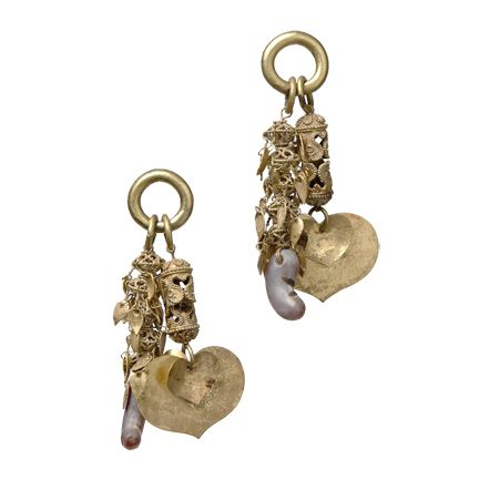 A Pair of Gold and Agate Earrings, Silla Dynasty Korean 6th Century