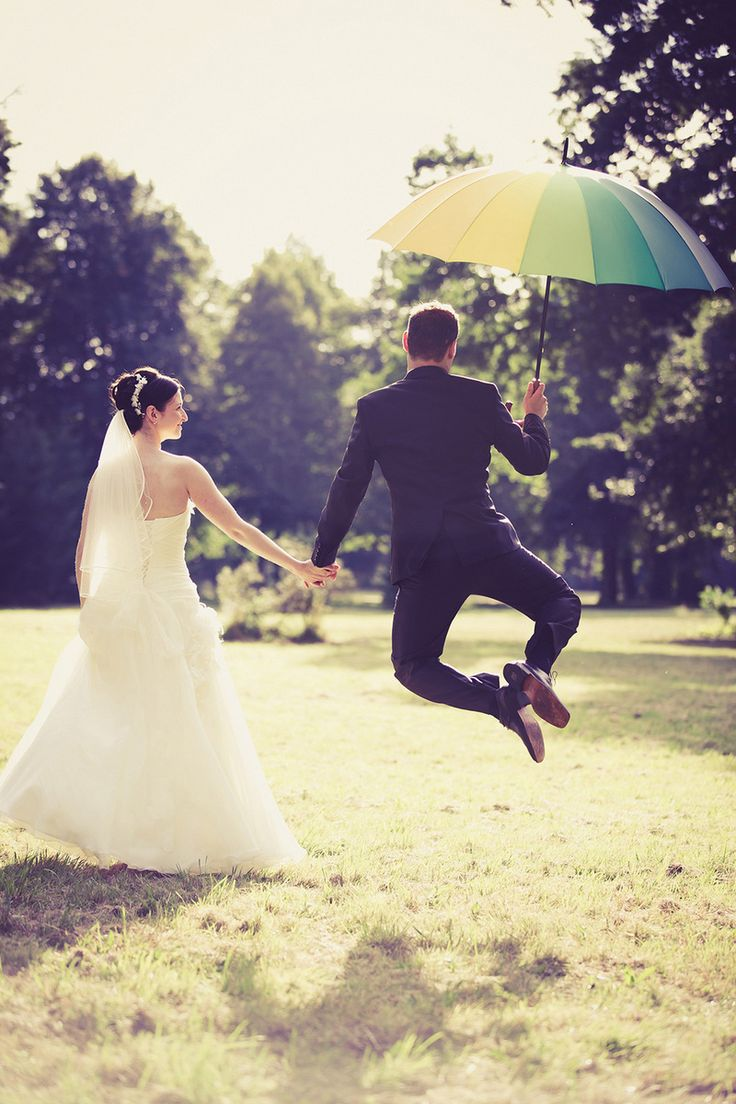 Shooting mit dem Brautpaar im Grünen #hochzeit #hochzeitspaar #wedding #braut #bride #bräutigam #groom