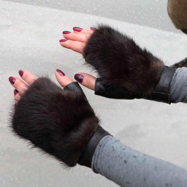 Mink fur fingerless gloves More