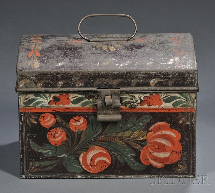 Paint-decorated Tinware Dome-top Trunk, America, early 19th century