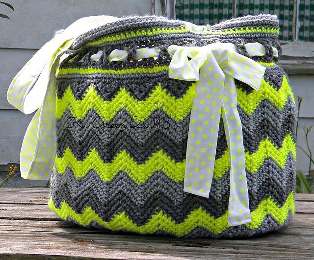 "Ravelry: ""Chasing Chevrons"" Yarn & Beach Bag / Tote pattern by Jennifer Pionk"