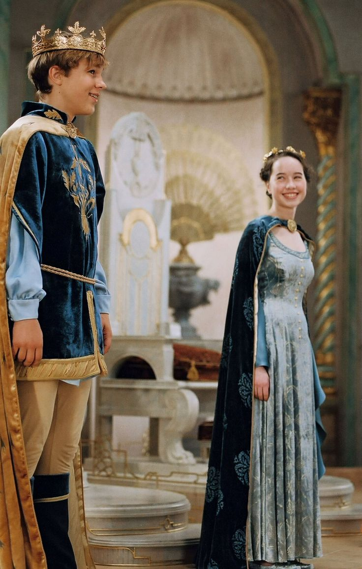 The 25+ best Narnia costumes ideas on Pinterest | Susan from ...