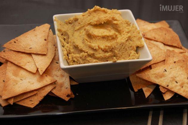 Hummus-con-ajo-asado-