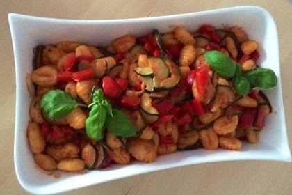 Gnocchi - Salat, ein schmackhaftes Rezept aus der Kategorie Gemüse. Bewertungen: 295. Durchschnitt: Ø 4,4.
