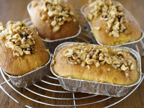 Simple Vanilla Cake Recipe Kenya: Easy Whiskey-Vanilla Poke Cakes