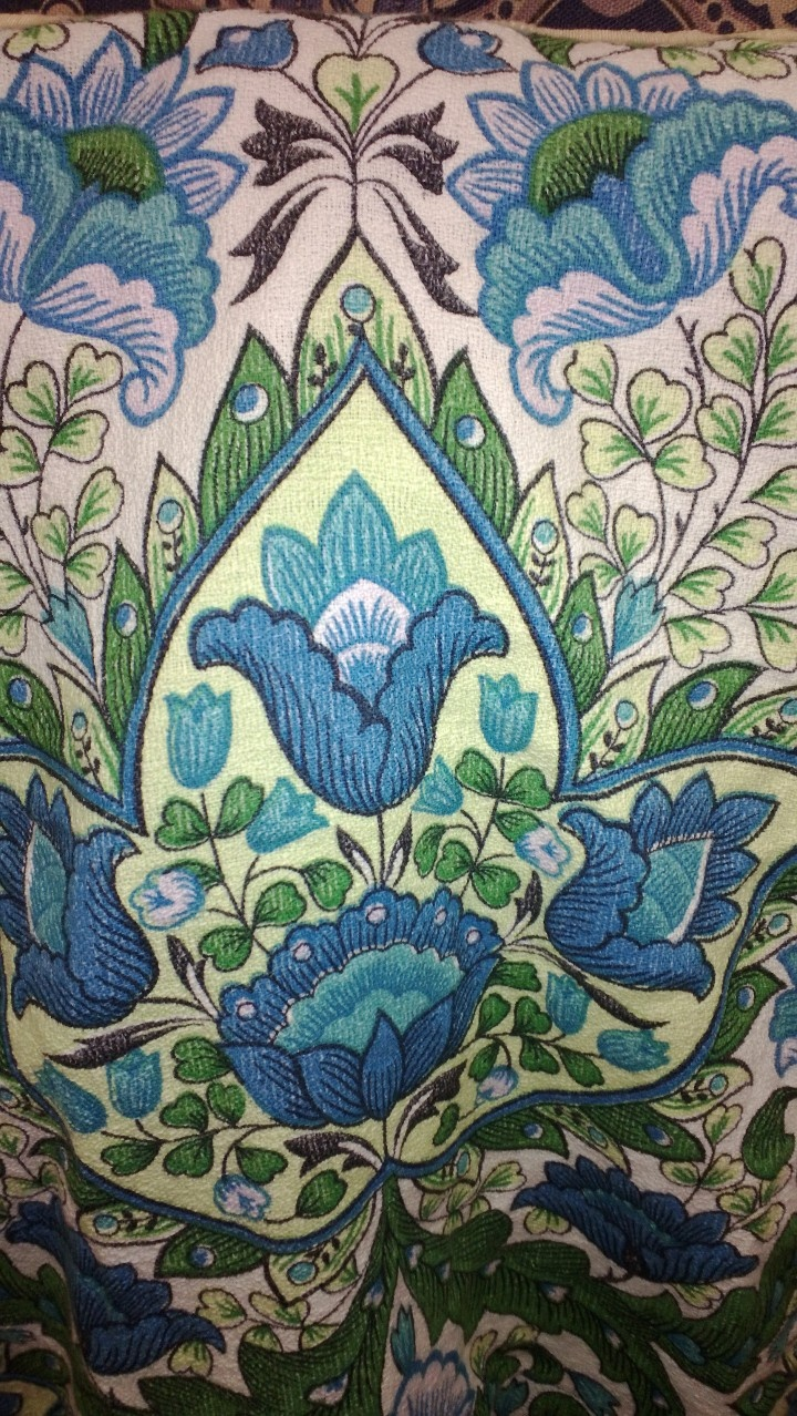 Love flower power daisy graffiti print cotton fabric 60s 70s retro - 70 S Print