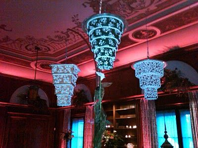 Glow In The Dark Chandelier Cakes