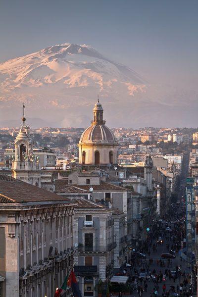 Catania, Sicily. City and Etna volcano. Photo by Antonio Violi.