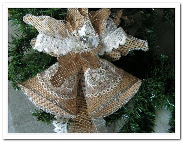 Потрясающие новогодние украшения из мешковины своими руками