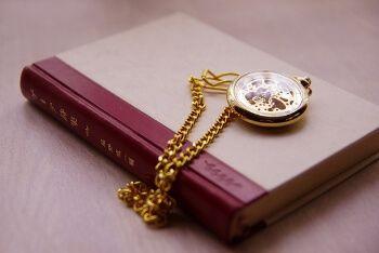 旅行に行きたくなる本、旅行記、紀行文、旅に出たくなる本、旅行に持っていきたい本、旅行をした気分になる本など、オススメの旅本100冊を選んでみました。