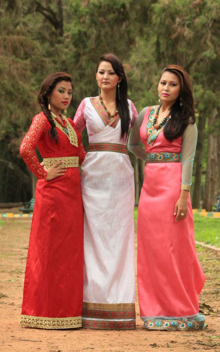 Tibetan Chupa, Tibetan Traditional dress | Asian Fashion ...