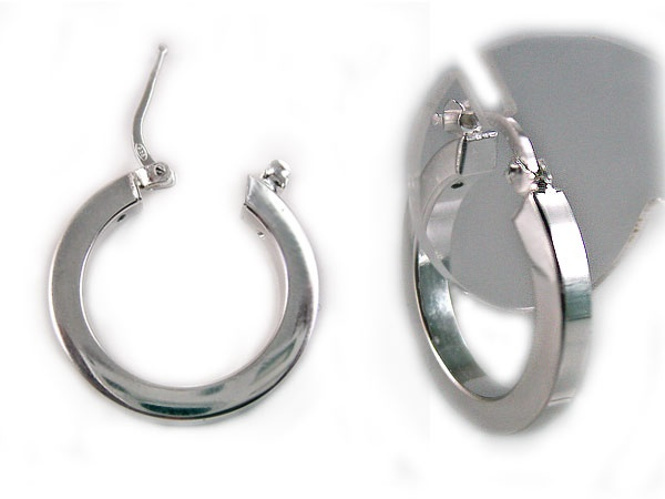 #Creolen   925 Sterling #Silber   22 mm Außen-Durchmesser,   Quadratisches Profil 3 mm stark   Erhältlich bei ©Skyrace Networks.  http://www.silberschmuckgrosshandel.net/