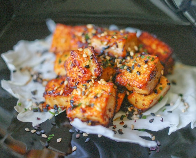 vegan: spicy lemongrass tofu...: Roasted Tomatoes, Lemongrass Tofu, Healthy Eating, Spicy Lemongrass, Simple Recipe, Ovens, Vegans Food, Tofu Recipe, Hot Sauces