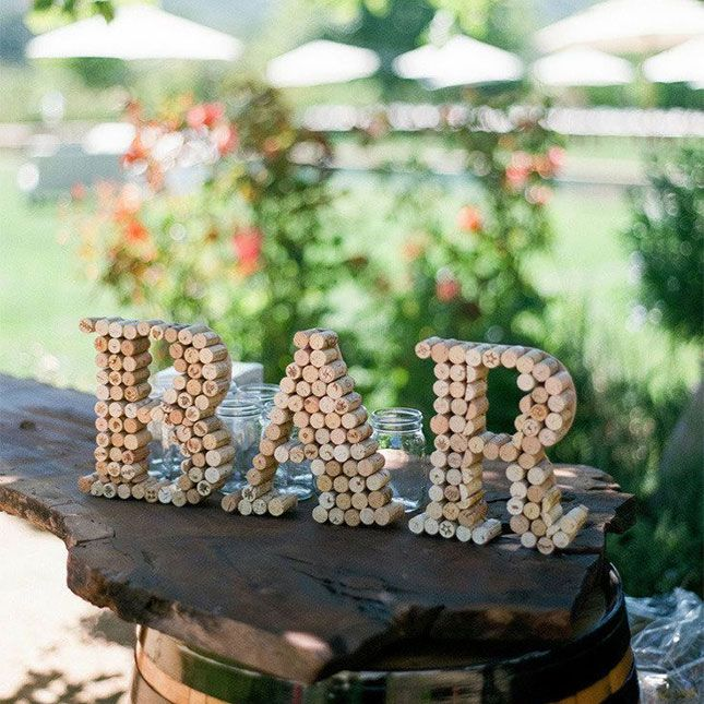 20 DIY Sign Ideas For Your Next Wedding or Event via Brit + Co.