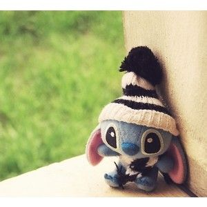 No words. This is too adorable. I have recently developed a obsession of Stitch