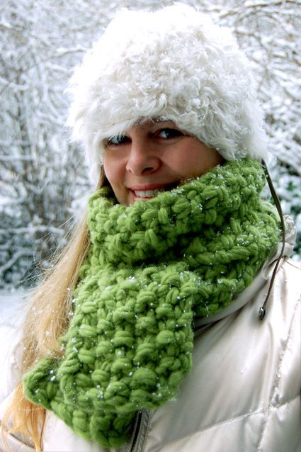 {DIY The Eleventh Hour Scarf} 2 Hours and It's Done!! Great site for all sorts of knitting projects and patterns!!!