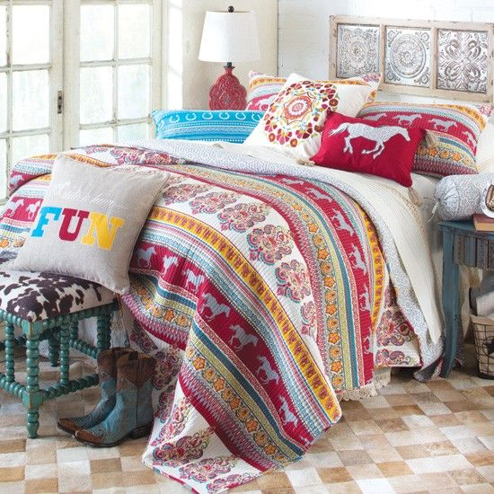 horse bedding on pinterest horse bedrooms girls horse bedrooms and
