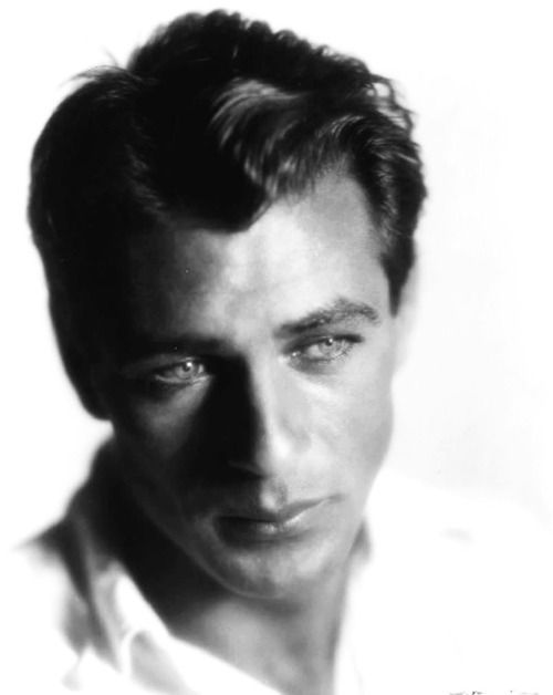 gary Cooper in the 40s was know for his acting and eyes